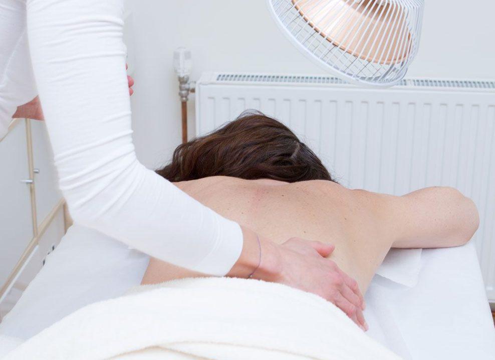 Energiemangel? Schmerzen? Aktivieren Sie mit Akupunkt Meridian Massage Ihren Inneren Arzt